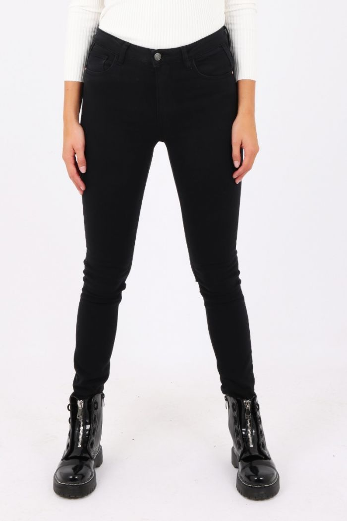 zwarte high waist broek Queen Hearts