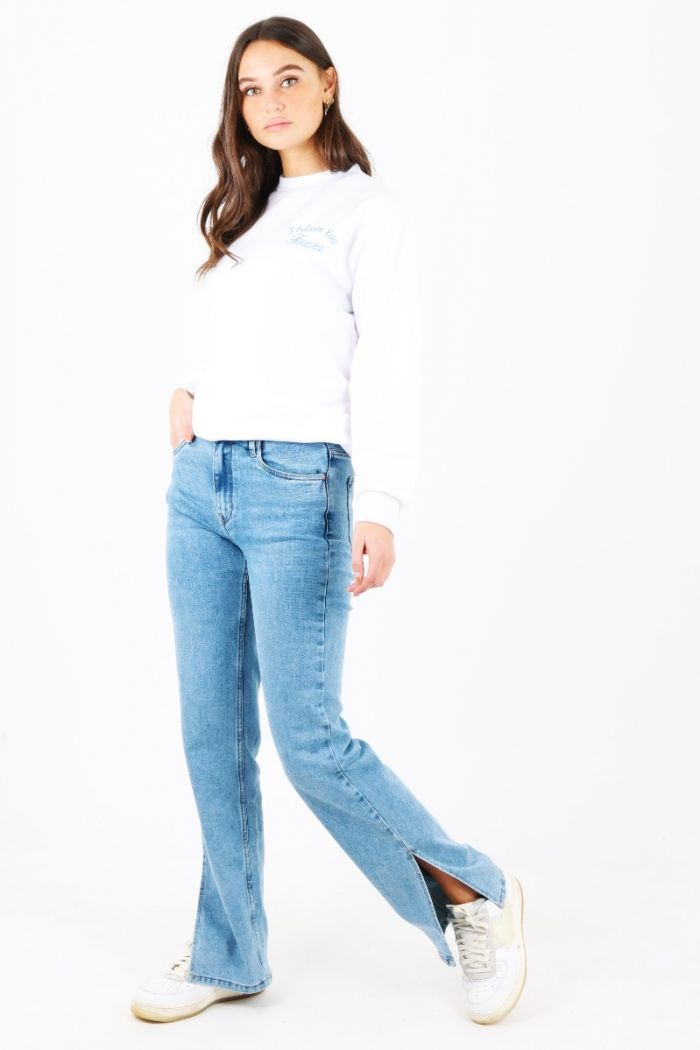 Blauwe Queen Hearts jeans met split
