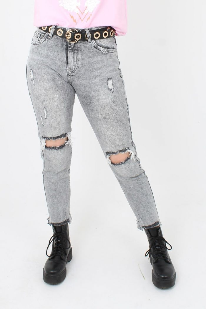 Queen Hearts Mom Jeans Met Scheuren